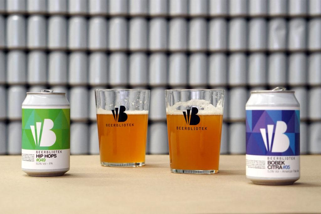 Tasting Beerbliotek Hip Hops IPA and Bobek Citra American Pale Ale at the Beerbliotek Brewery and Tap Room.