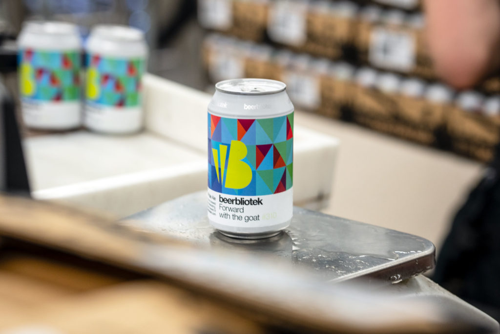 A can of Forward with the goat, a Belgian Pale Ale, on packaging day, brewed at Swedish Craft Brewery Beerbliotek.