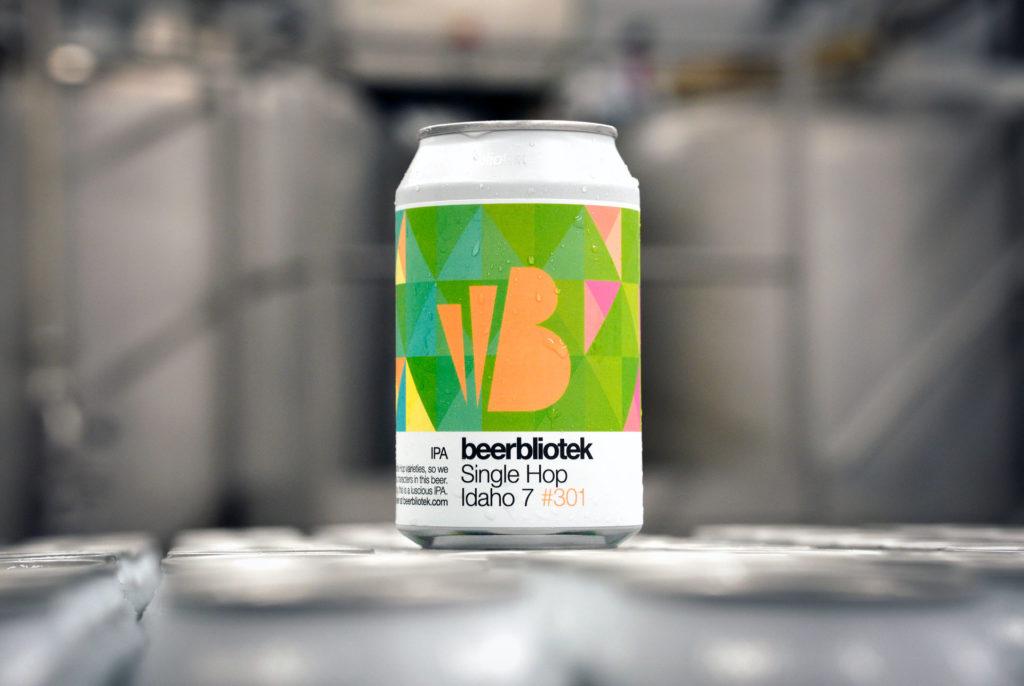 A can of Single Hop Idaho 7, a IPA, during packaging at Swedish Craft Brewery Beerbliotek.